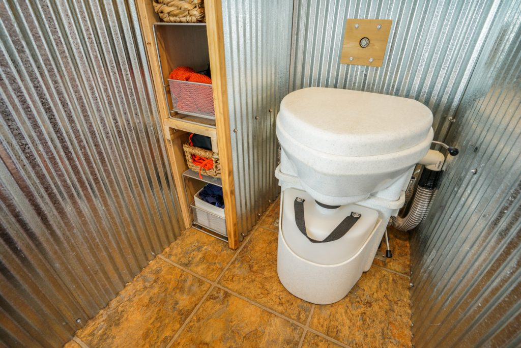 Composting Toiler for Tiny House